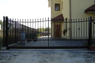 Kuumtsingitud väravad